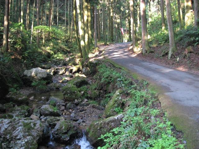 黒山三滝までの道