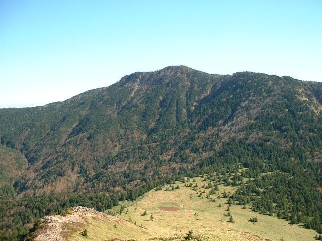 根子岳から見た四阿山