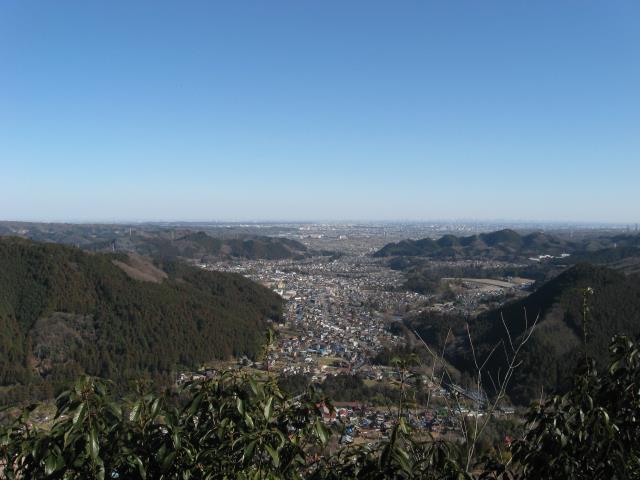 山頂からあきる野市及び都心の眺めの写真