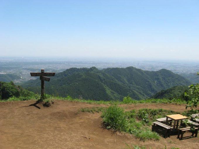 景信山山頂からの展望