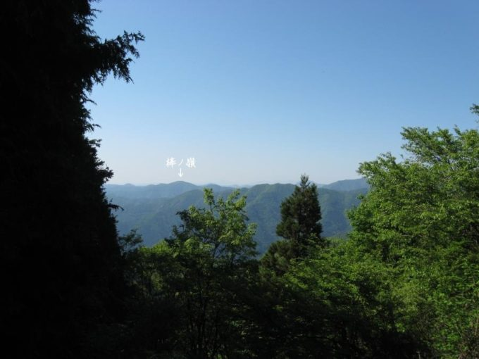 武川岳山頂から棒ノ嶺方面の眺め
