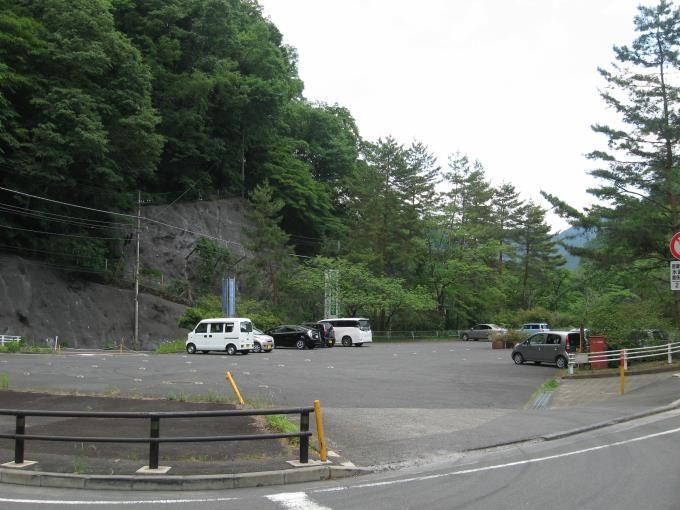水根駐車場