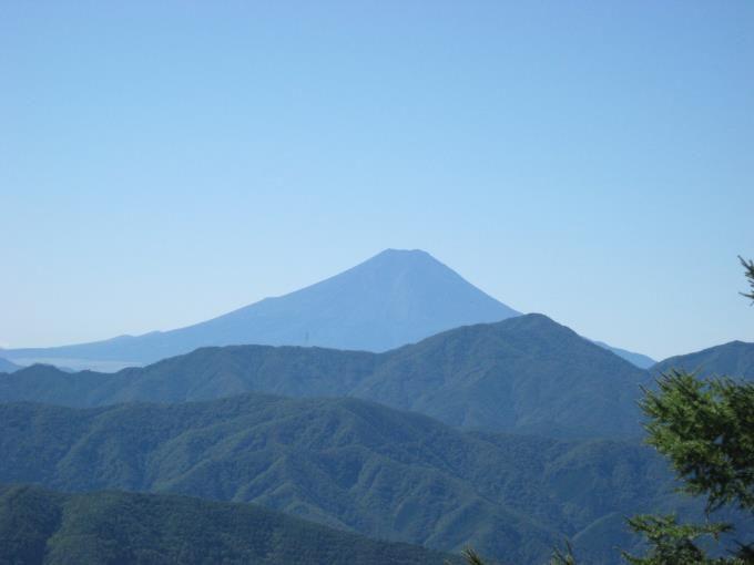 七ツ石小屋から見た富士山