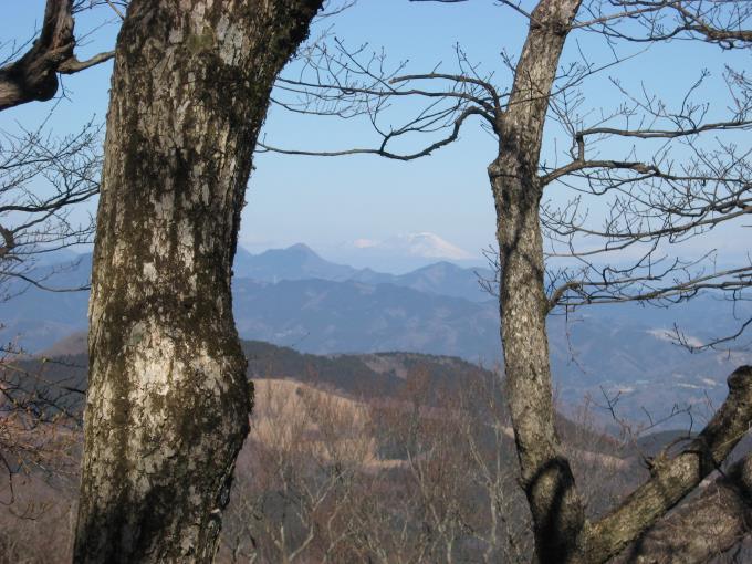笠山(東峰)から見える浅間山