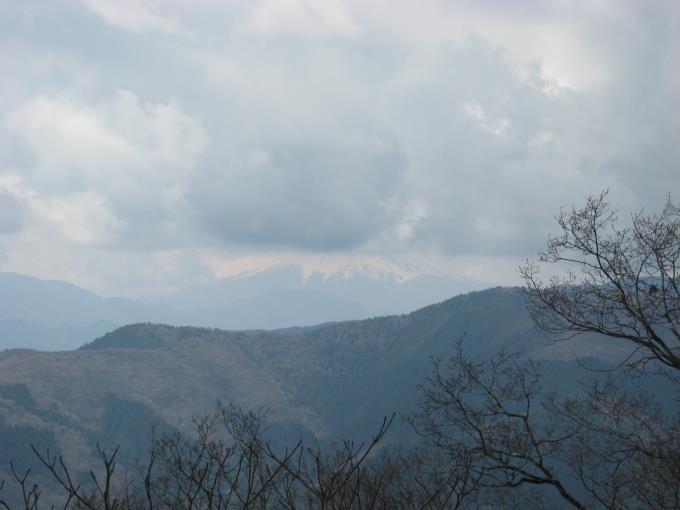 富士山の麓がかろうじて見える
