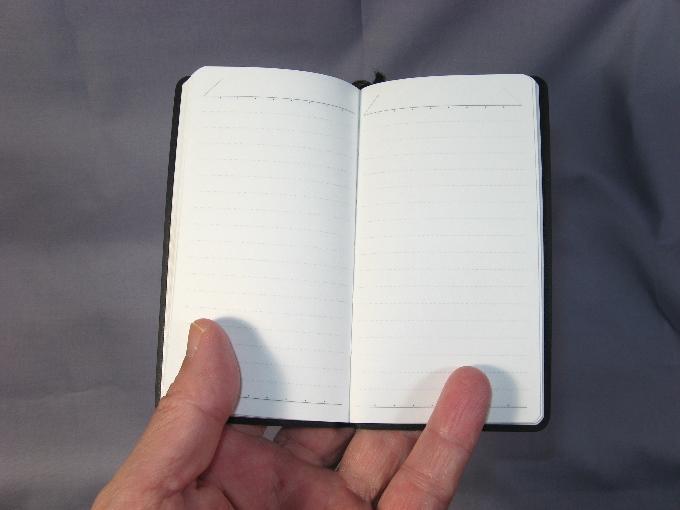 シンプルな手帳