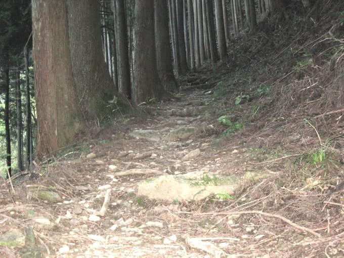 石積みの階段