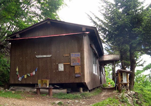 nanatsuishi_house01