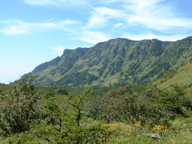 Jバンド下から見た黒斑山