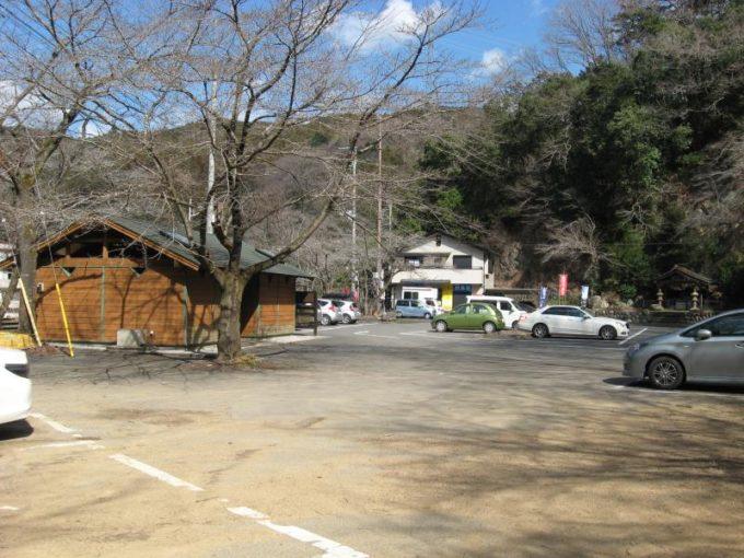 鎌北湖第一駐車場