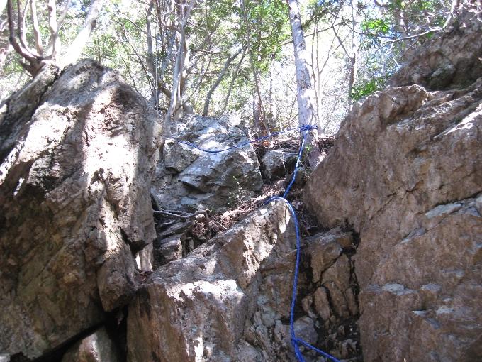 つづら岩のロープ場(危険個所)