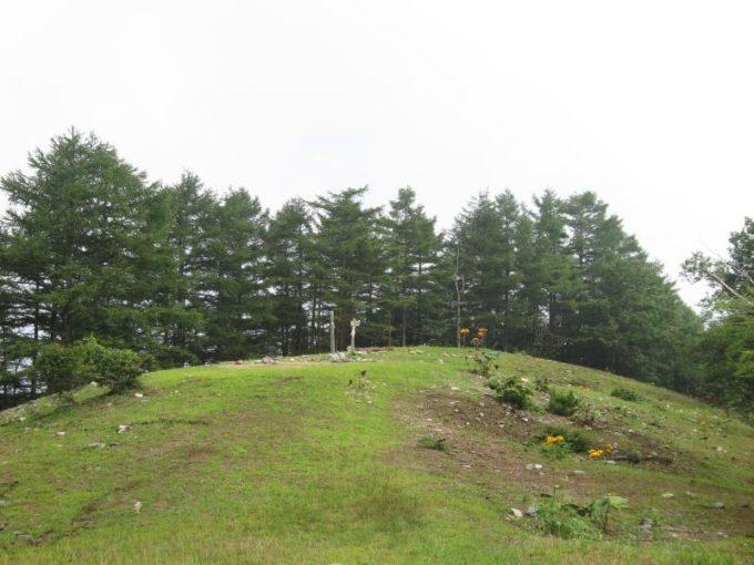 六ツ石山山頂