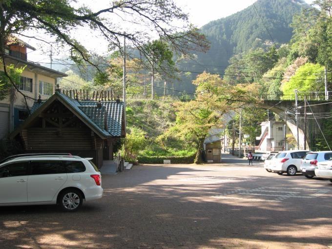 鳩ノ巣町営無料駐車場