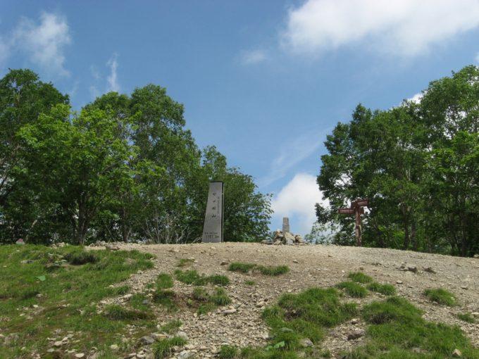 七ツ石山山頂全景