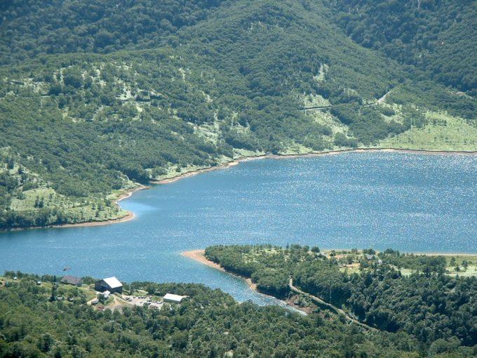 野反湖(三壁山への登山道より)
