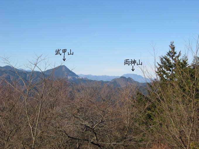武甲山と両神山