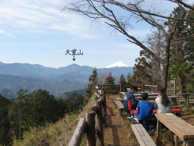 景信茶屋からは富士山が見えます