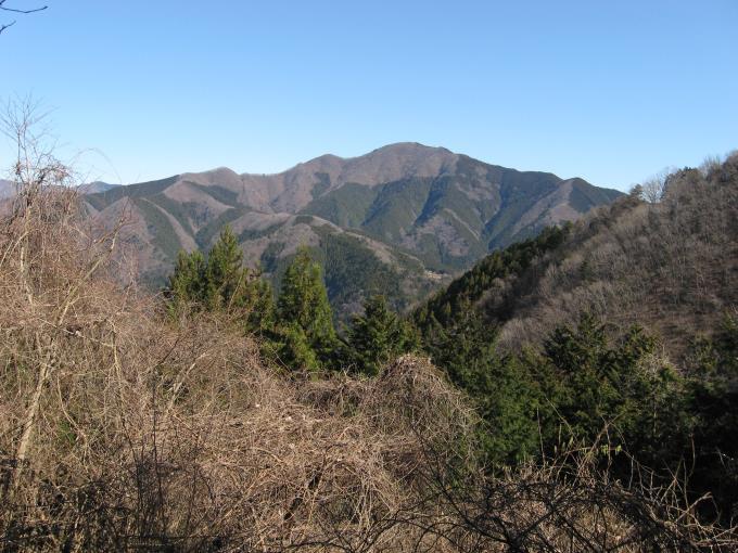 御前山が良く見える場所があります。