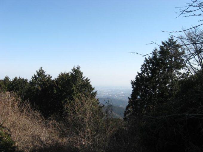 山頂からの東側の展望
