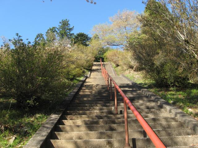 愛宕神社の急な階段