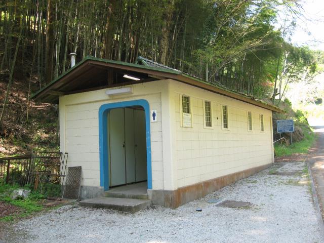 鎌北湖第二駐車場横公衆トイレ