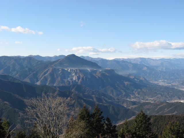 日本二百名山の武甲山