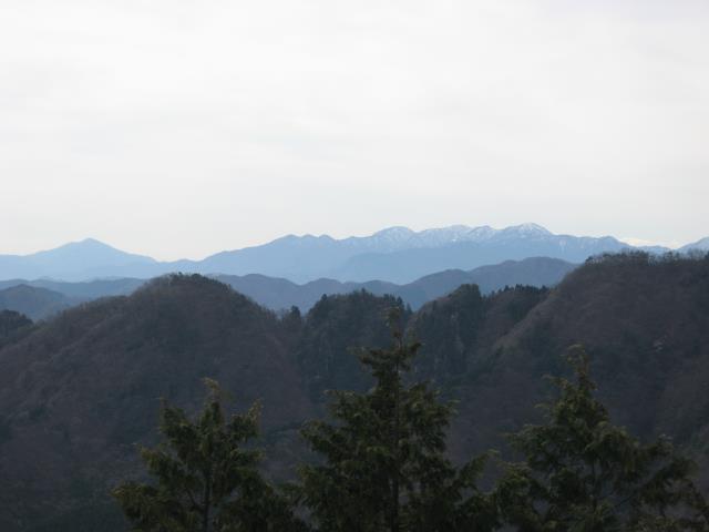 上高岩展望台から丹沢方面の眺め